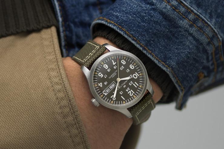 Extravagance Luxury Automatic Wrist Watch