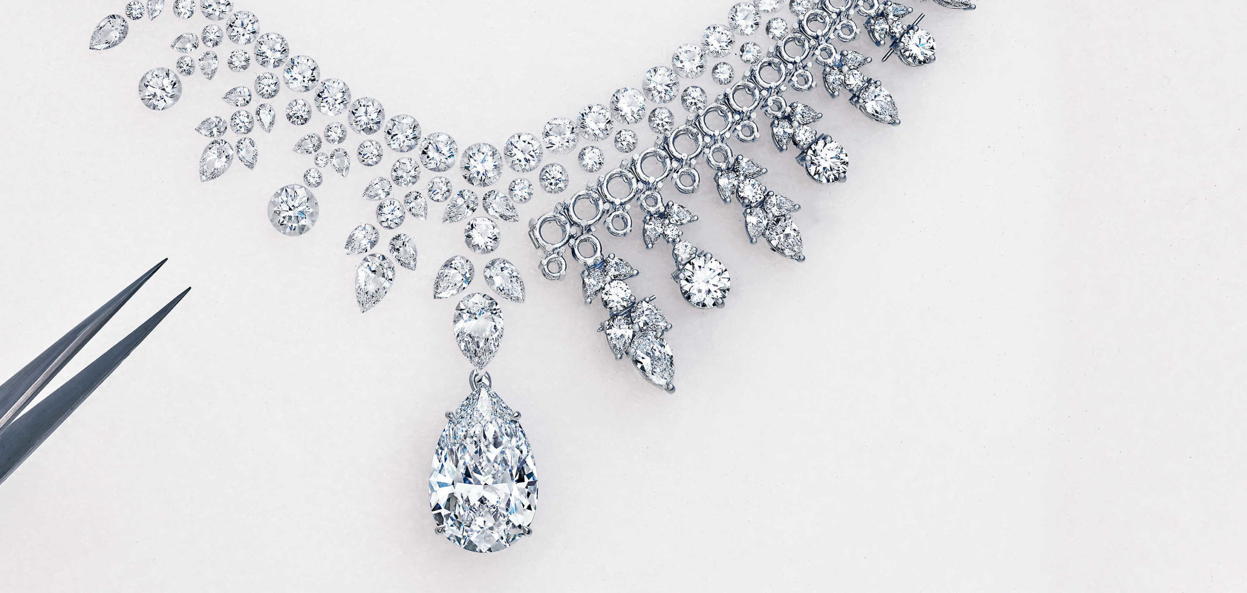 Custom Made Jewelry – The Advantages Over Ready Made One